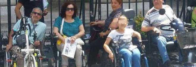 Assistenza disabili a rischio in tutta la Campania, sos a De Luca: via il decreto 49 o è serrata