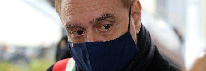 AstraZeneca, l'allarme di Mastella: «Bloccare la somministrazione»