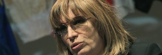 Paura per Iva Zanicchi, operata d'urgenza: «Non vedevo più nulla»