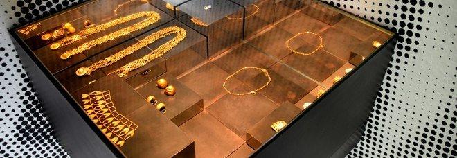 «Vanity», la mostra di gioielli in anteprima a Pompei