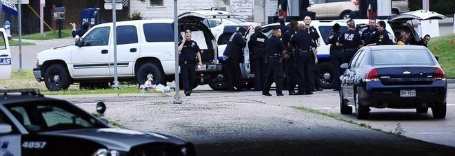 Stati Uniti, sparatoria in una festa di compleanno: 7 morti in Colorado