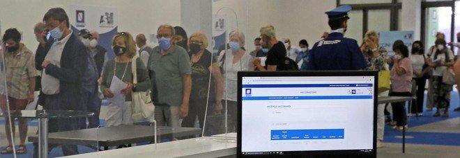 Campania: indice contagi stabile (1,54%), altri 8 morti. Diminuiscono i ricoveri