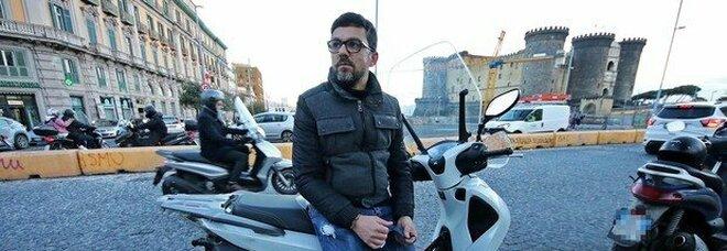 Napoli, il rider rapinato. Italia Lavoro: «Posti per macellaio liberi in un'azienda»