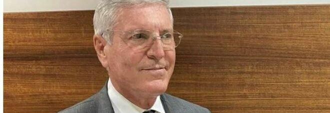 Comunali a Napoli: «Colleghi, votate Manfredi», è bufera sul prof candidato