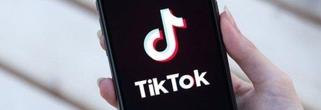 TikTok bloccato in Italia, il Garante per la privacy: «Un precedente anche per gli altri social»