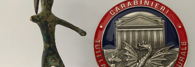 Statuetta etrusca venduta su internet denunciato cinquantenne ternano