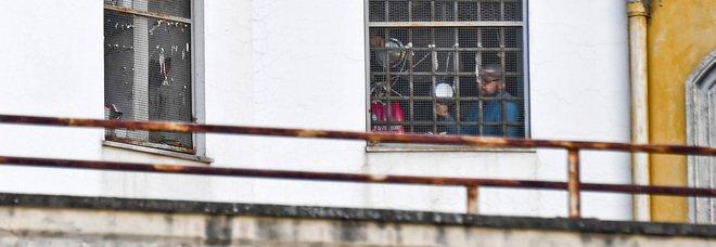 Coronavirus in carcere, choc a Caserta: contagiati altri tre detenuti, alta tensione