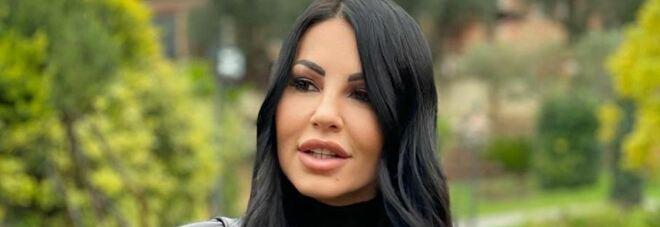 Covid, Eliana Michelazzo fermata dalla polizia: «Per Asl io ancora positiva dopo 6 mesi, dati statistici non sono reali»