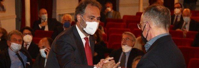 Comunali a Napoli, l'ex M5S Carelli vota Maresca: «Grande candidato oltre i simboli»