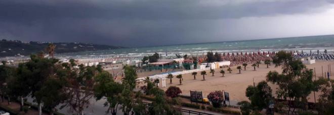 Cnr: «Italia esposta, scomparsa la protezione dell'anticiclone delle Azzorre»