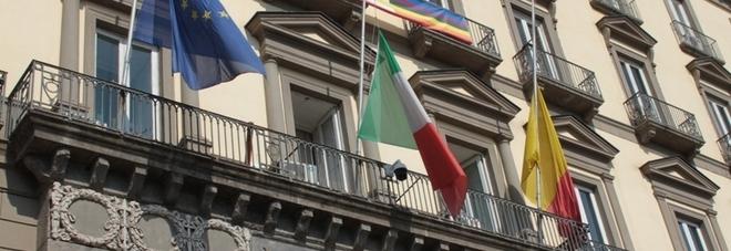 Sindaco di Napoli, incontro Letta-Fico e De Luca resta sulle barricate