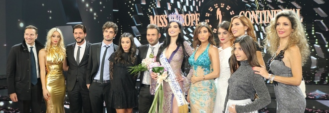 Napoli incorona «Miss Europa» al Teatro Mediterraneo
