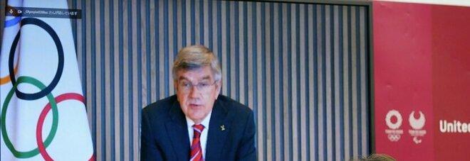 Tokyo 2020, emergenza Covid in Giappone: il presidente del Cio Thomas Bach rinvia la visita