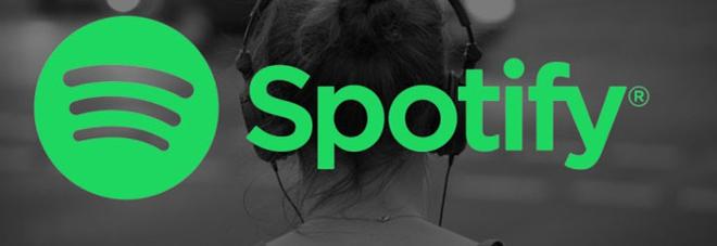 Spotify craccato, 2 milioni di utenti non abbonati hanno rimosso la pubblicità: ecco la reazione della piattaforma