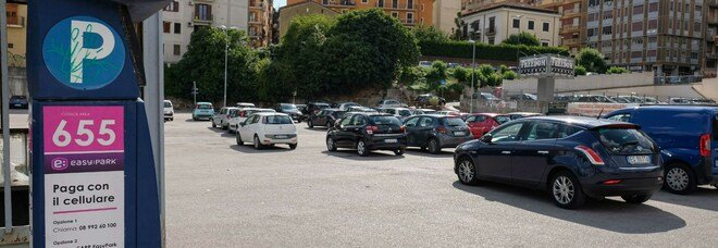 Avellino, bocciato il sindaco: no dell'Anac al project financing per i parcheggi