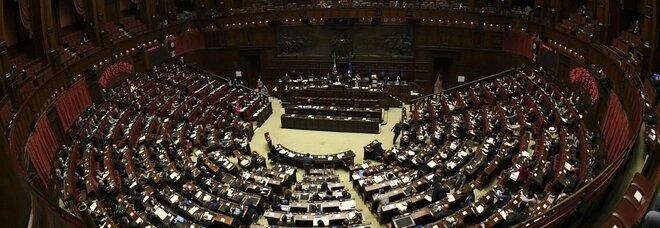 Milleproroghe è legge, resta blocco sfratti fino a giugno: ok finale Senato con prima fiducia Draghi