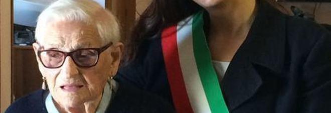 Morta a 107 anni Rosa Ercoli, la 'nonnina' terremotata. Diceva: «Ho visto due guerre ma la paura per il terremoto...»