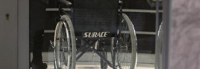 Bimbo disabile resta solo in classe: compagni in gita, la famiglia non è stata avvertita