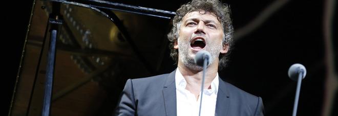 Kaufmann (in)canta Napoli «Omaggio all'Italia e alla sua canzone»