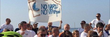 Whirlpool, la protesta operaia arriva al Consolato Americano