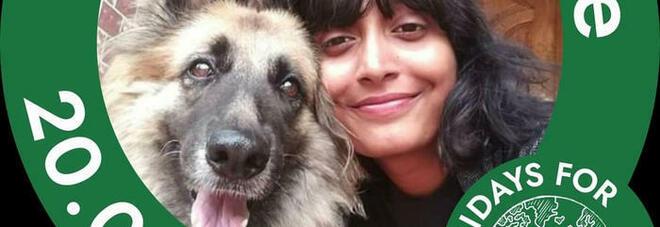 Disha Ravi, da Bangalore a Mumbai esplode la protesta per l'arresto della Greta Thunberg indiana