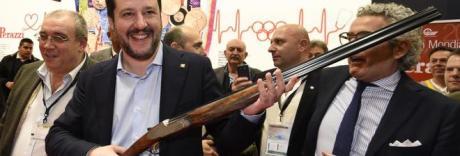 Legittima difesa, i produttori di armi: «Noi avvicinati da tutti i partiti»