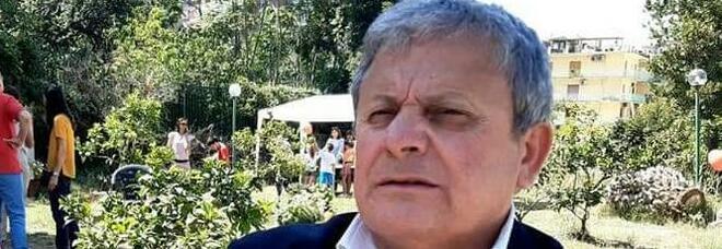 Comunali a Napoli, mano tesa dall'ex ministro D'Angelo pronto al dialogo: «Confronto sui programmi»