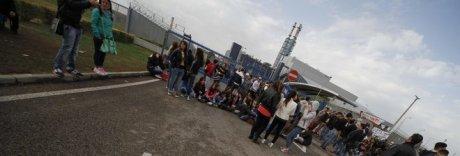 Protesta al termovalorizzatore di Acerra, bloccati i camion