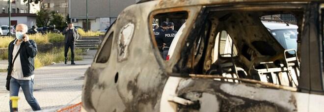 Camorra a Napoli, la strategia del terrore a Ponticelli: attentati con le auto a noleggio