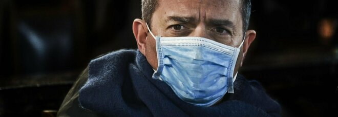 Napoli zona rossa, de Magistris: «È l'unica soluzione per frenare l'epidemia»
