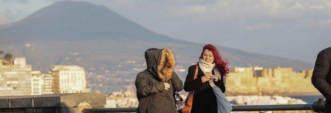 Allerta meteo a Napoli, de Magistris chiude anche le scuole giovedì