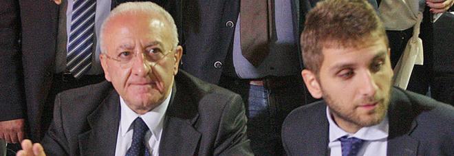 Blitz e sequestri, veleni sul voto: 17 indagati, c'è anche Roberto De Luca