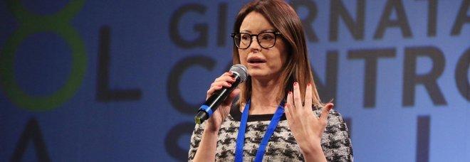 Insulti choc a Lucia Annibali, la Procura di Roma apre un'indagine