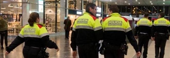 Barcellona, evacuati due treni a Sants per un allarme bomba