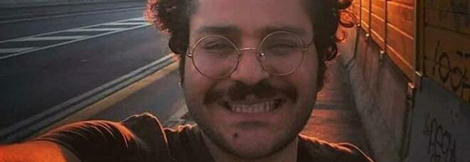 Zaki scrive alla famiglia dal carcere: «Sto male, ho bisogno di forti antidolorifici»