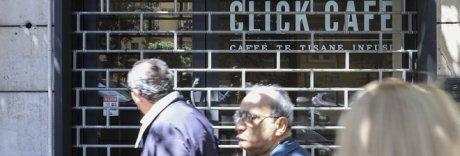 Affitti alle stelle e pochi affari, a Napoli è boom di negozi chiusi
