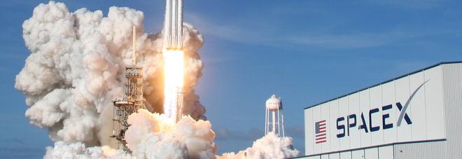 Navicelle e auto, tornano le sinergie per la nuova conquista dello spazio