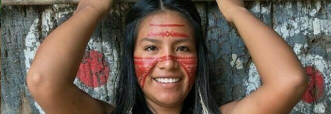 Maira Godinho, l'influencer indigena: dalla foresta al web con 6 milioni di fan