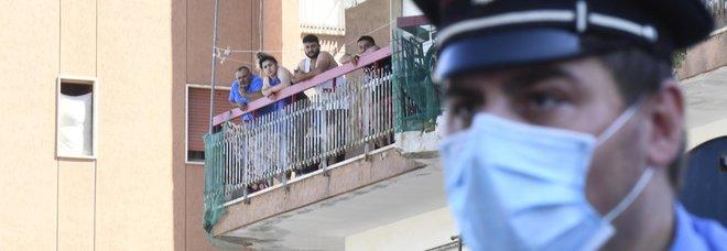 Virus, polizia a Mondragone