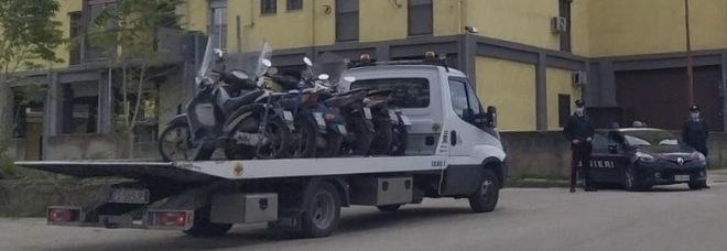 Auto e moto senza assicurazione, pioggia di sequestri nel Napoletano