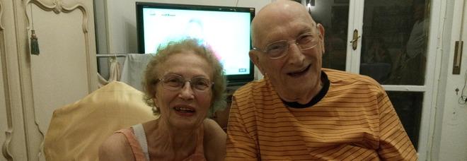 Napoli, la storia di Ugo e Anna: «Noi, quasi centenari ci amiamo da 76 anni grazie a una bomba»