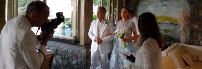 Matrimonio Letizia Romano : Noemi ha detto sì l ex papi girl sposa a nerano il mattino