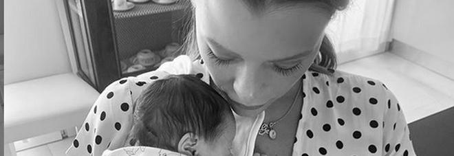 Silvia Provvedi e la figlia Nicole (Instagram)
