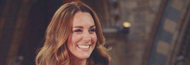 Kate Middleton, una notte al museo: il look da sera total black è da copiare