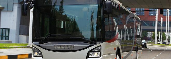 Una passeggera dimentica una borsa con oltre 40.000 euro su un autobus nella città francese di Nimes