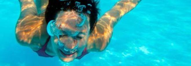 Bagno in mare dopo aver mangiato si pu ecco le vere - Si puo fare il bagno dopo mangiato ...