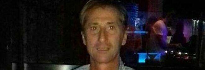 AstraZeneca, Gianluca morto dopo prima dose. Indagine per omicidio colposo, molti organi compromessi