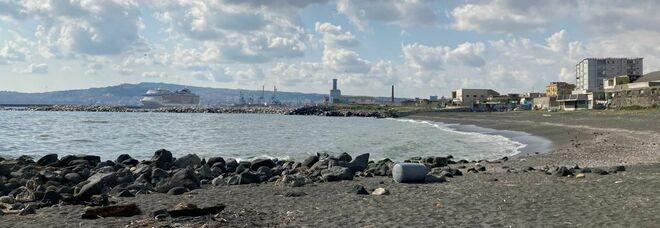 Napoli Est, la municipalità in campo con i cittadini: «Siamo contrari all'impianto Gnl»