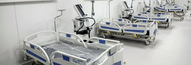 Milano, terapie intensive piene riapre l'ospedale Covid in Fiera, Bertolaso: oggi i primi 6 pazienti