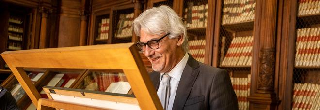 Teatro San Carlo, il direttore della Biblioteca Nazionale Capone protagonista del podcast «Voci di Memus»